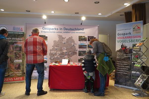 Am Geopark-Stand